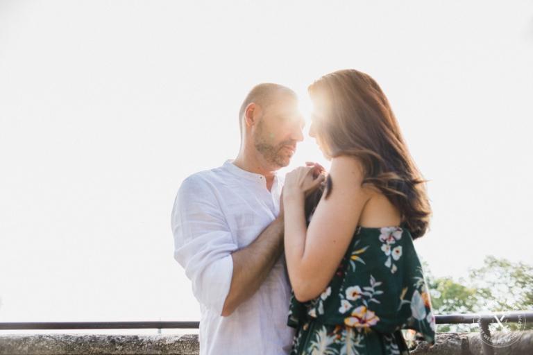White Frame foto di fidanzamento fotografie di coppia
